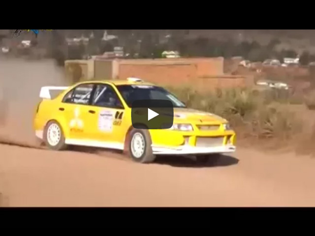 Videos sur le Rally D-max One Day Event